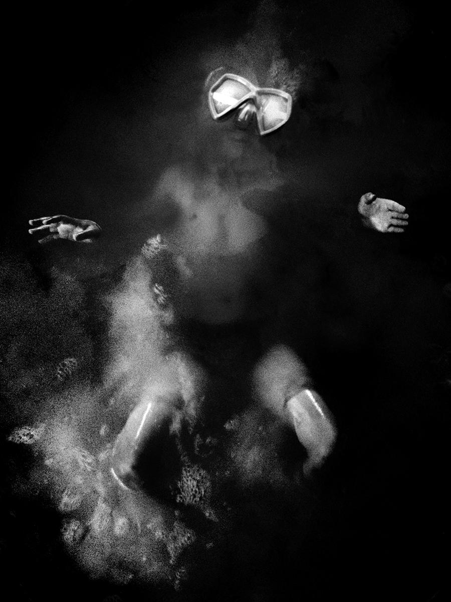 Angela Bacon-Kidwell, Night swim, 2012