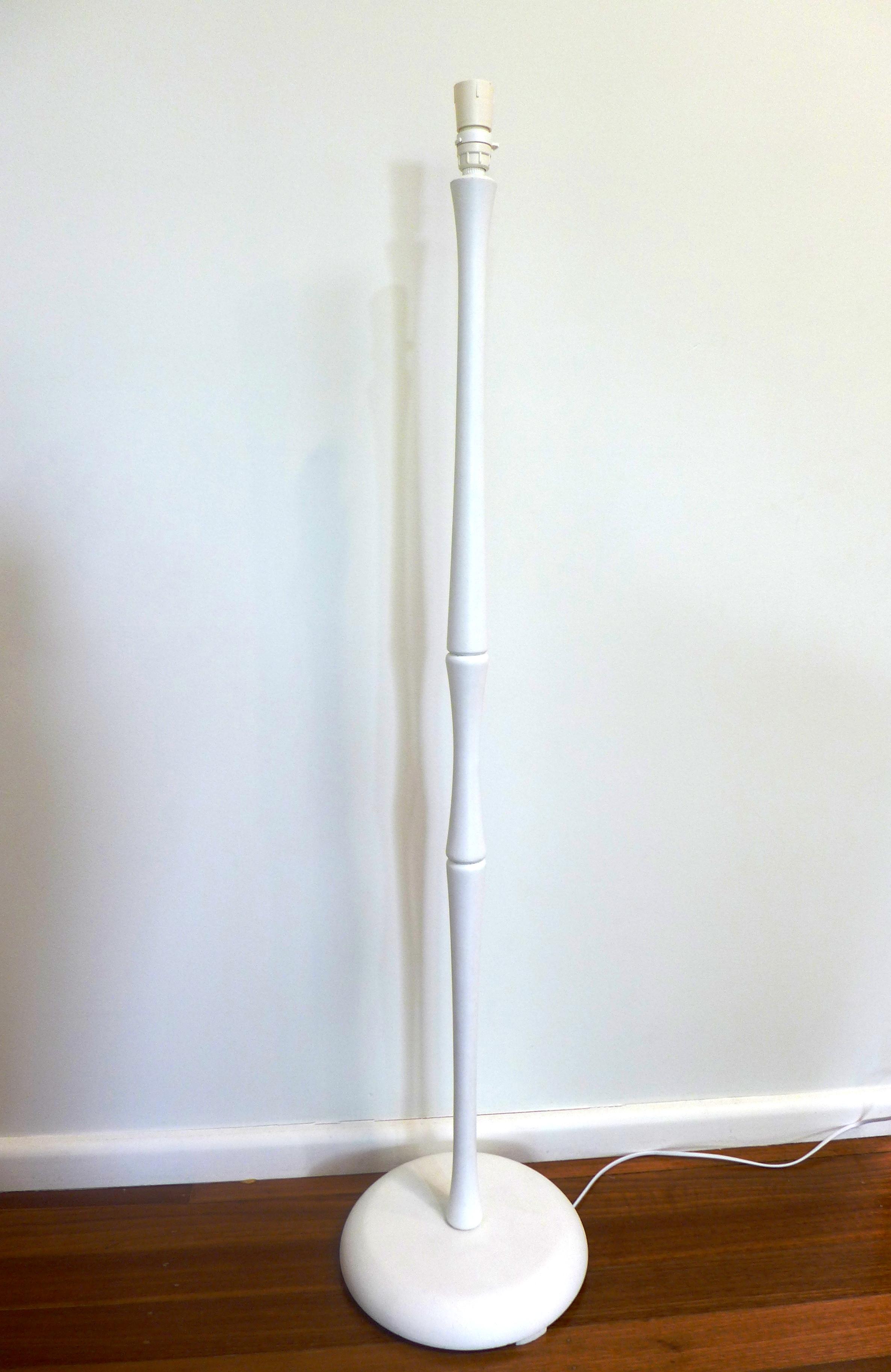 White bamboo base.JPG