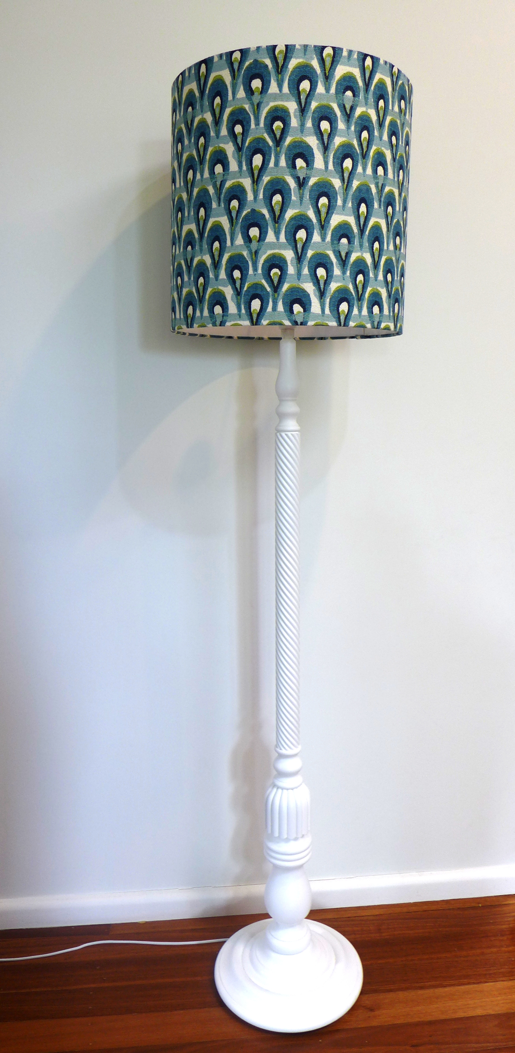 Peacock Lampshade with Lge white base (2).JPG