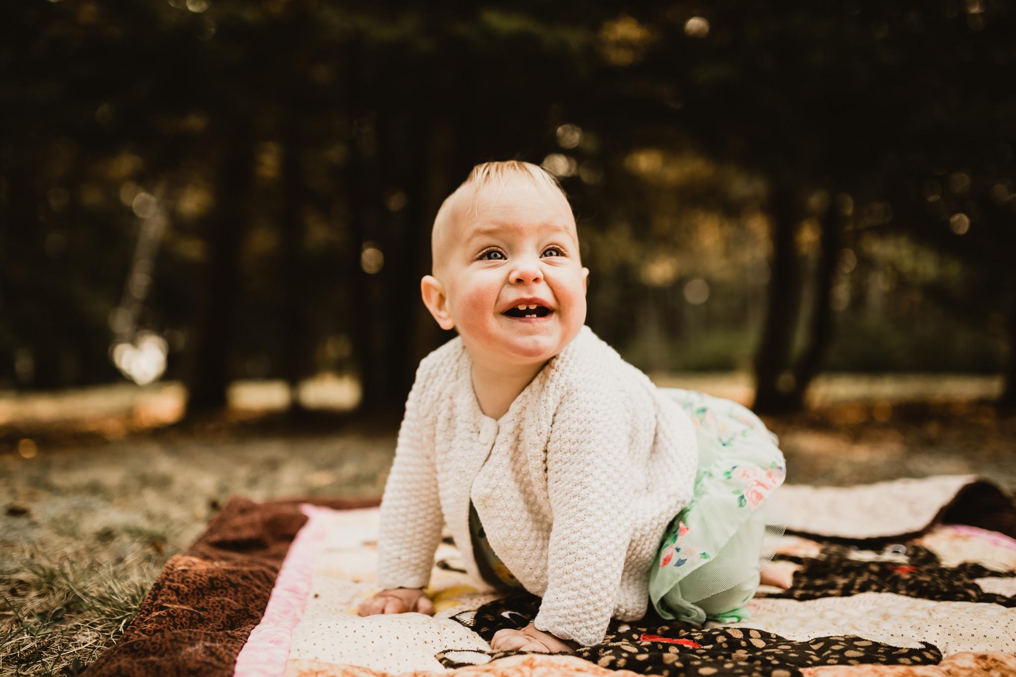 Alina-Joy-Photography-Cold-Lake-Lifestyle-Photographer-28.jpg