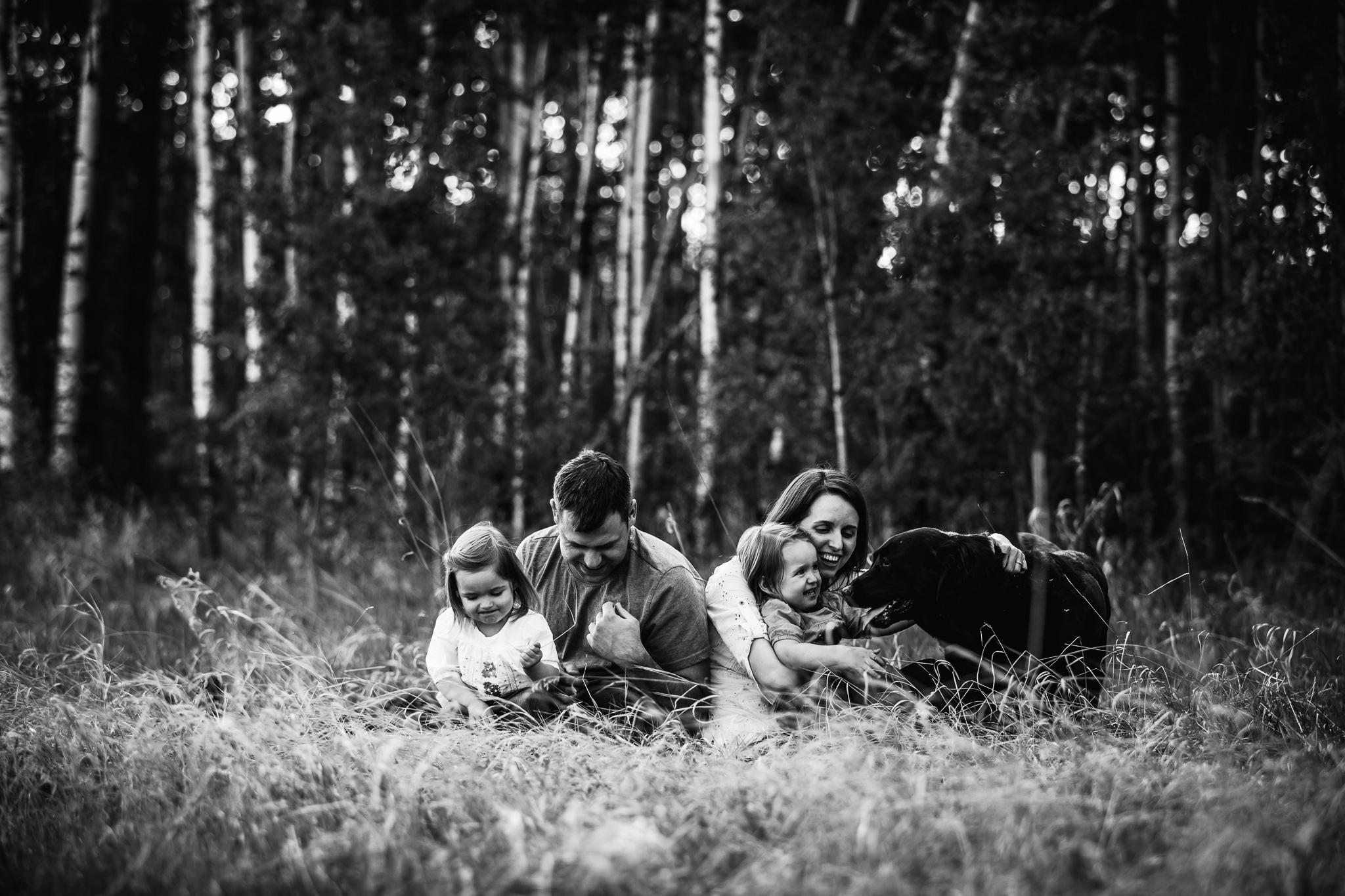 Alina-Joy-Photography-Cold-Lake-Lifestyle-Photographer-31.jpg