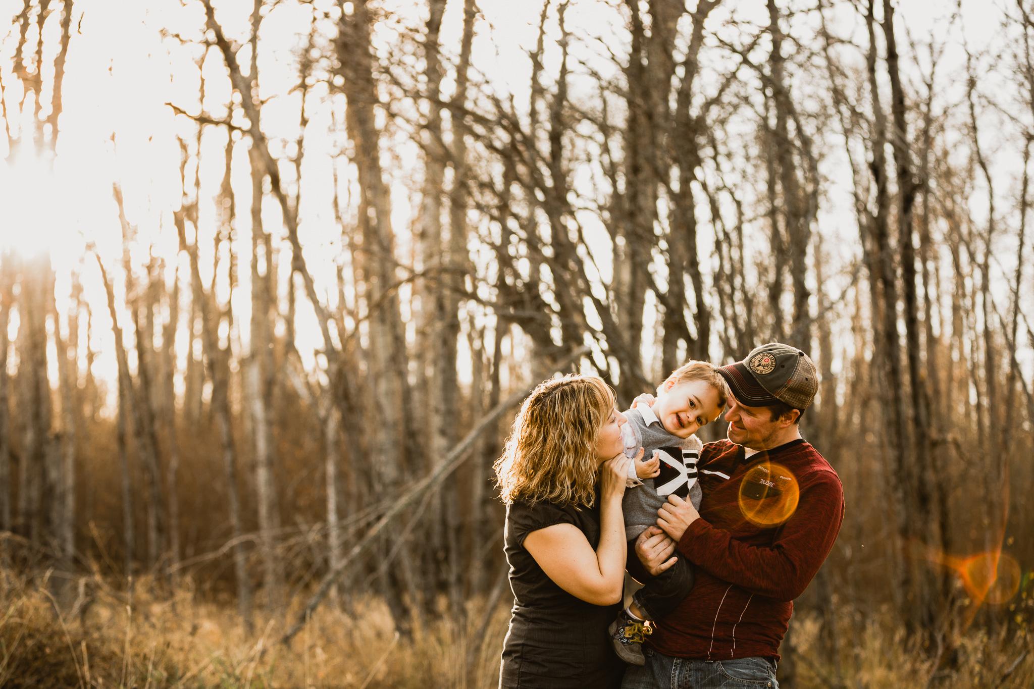 Alina-Joy-Photography-Cold-Lake-Lifestyle-Photographer-56.jpg