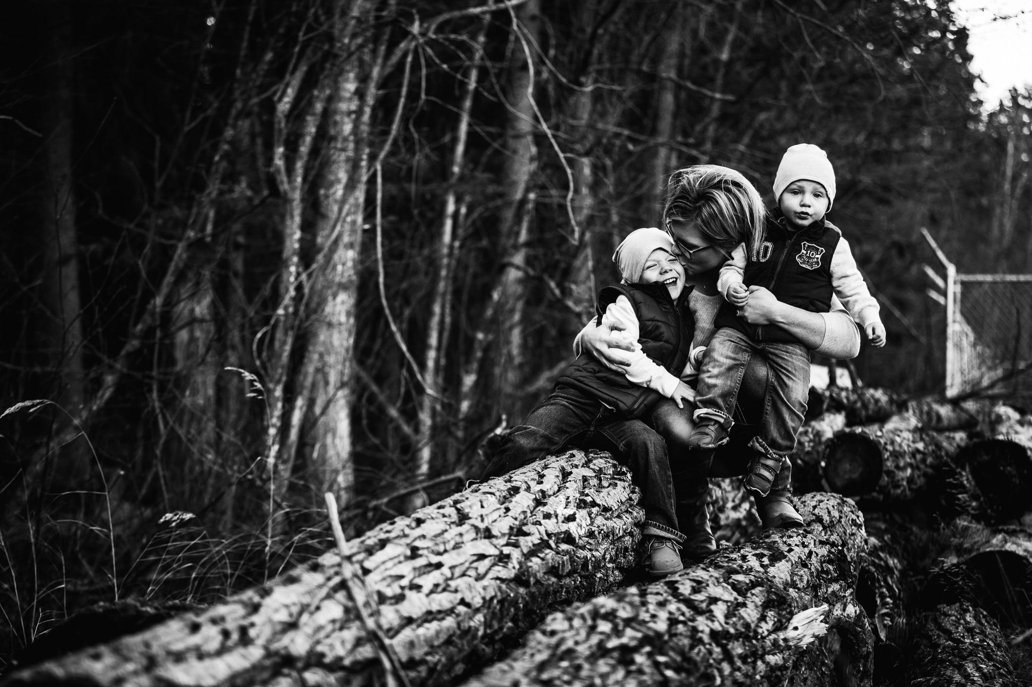 Alina-Joy-Photography-Cold-Lake-Lifestyle-Photographer-193.jpg