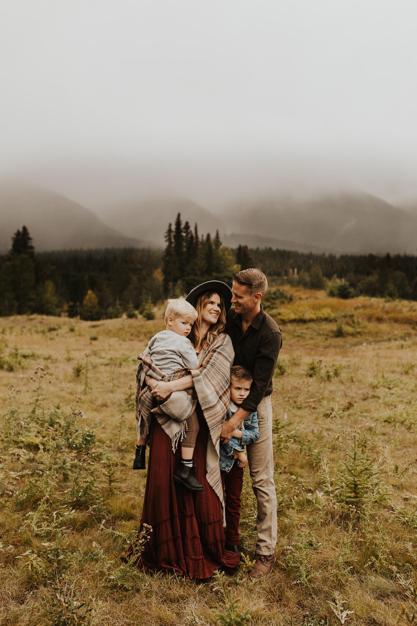 Alina-Joy-Photography-Cold-Lake-Lifestyle-Photographer-262.jpg