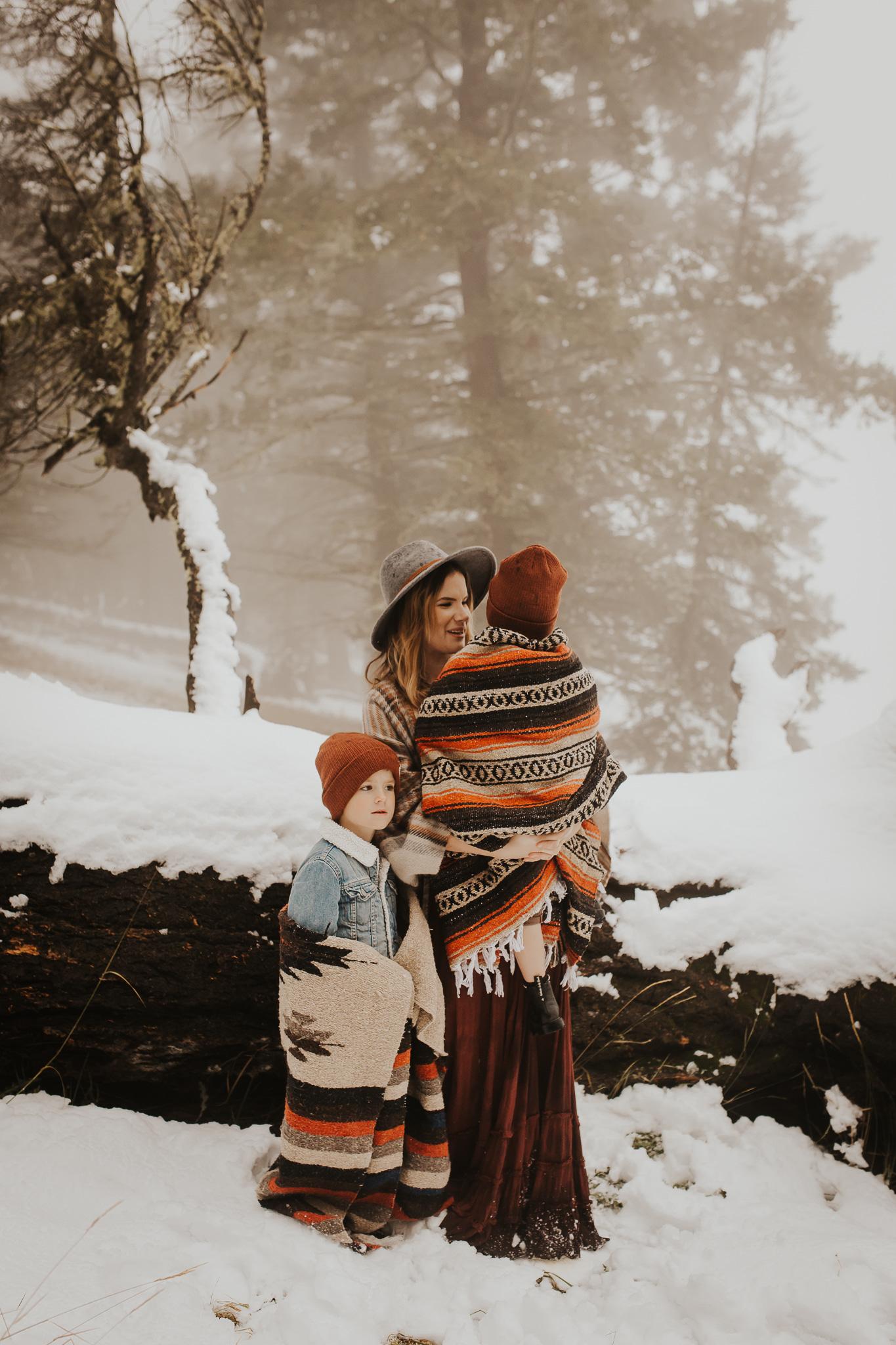 Alina-Joy-Photography-Cold-Lake-Lifestyle-Photographer-269.jpg