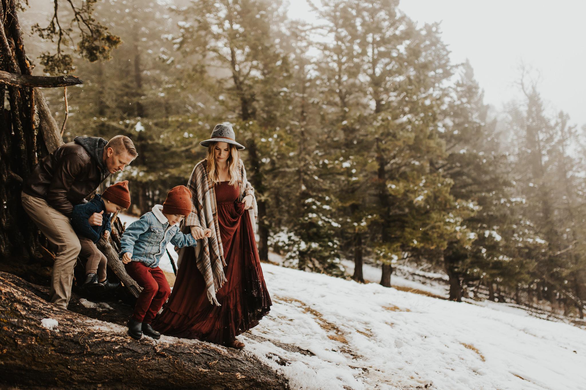 Alina-Joy-Photography-Cold-Lake-Lifestyle-Photographer-273.jpg