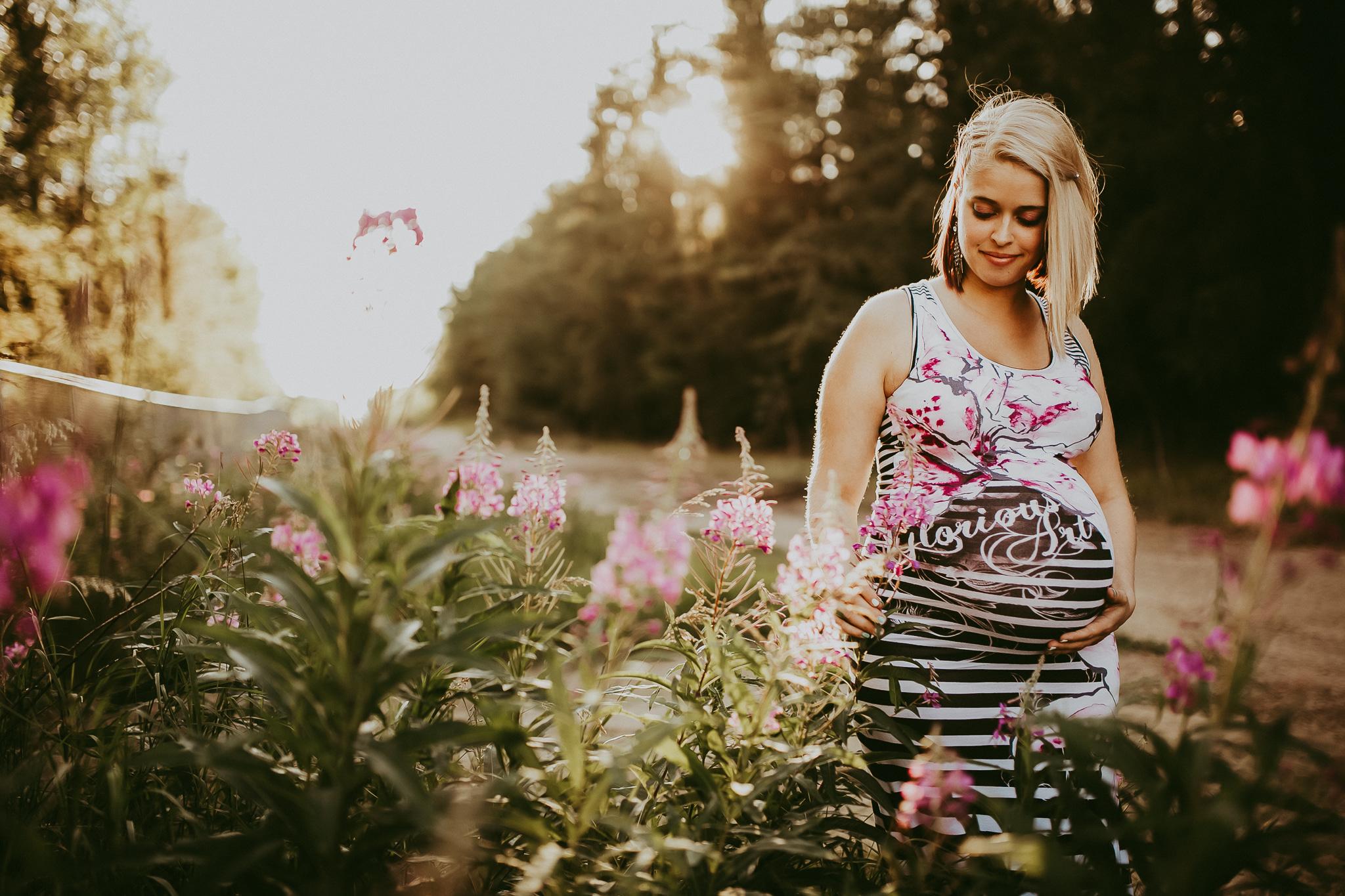 Alina-Joy-Photography-Cold-Lake-Lifestyle-Photographer-38.jpg