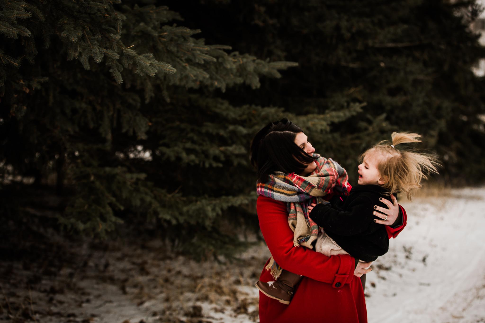 Alina-Joy-Photography-Cold-Lake-Lifestyle-Photographer-103.jpg