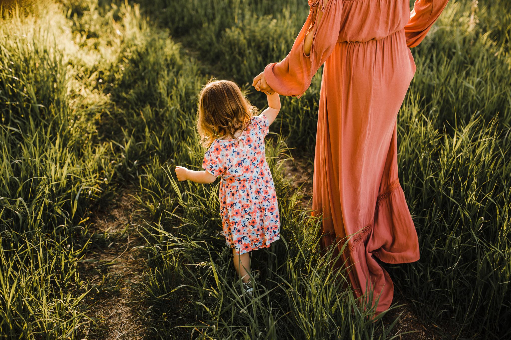 Alina-Joy-Photography-Cold-Lake-Lifestyle-Photographer-2-27.jpg
