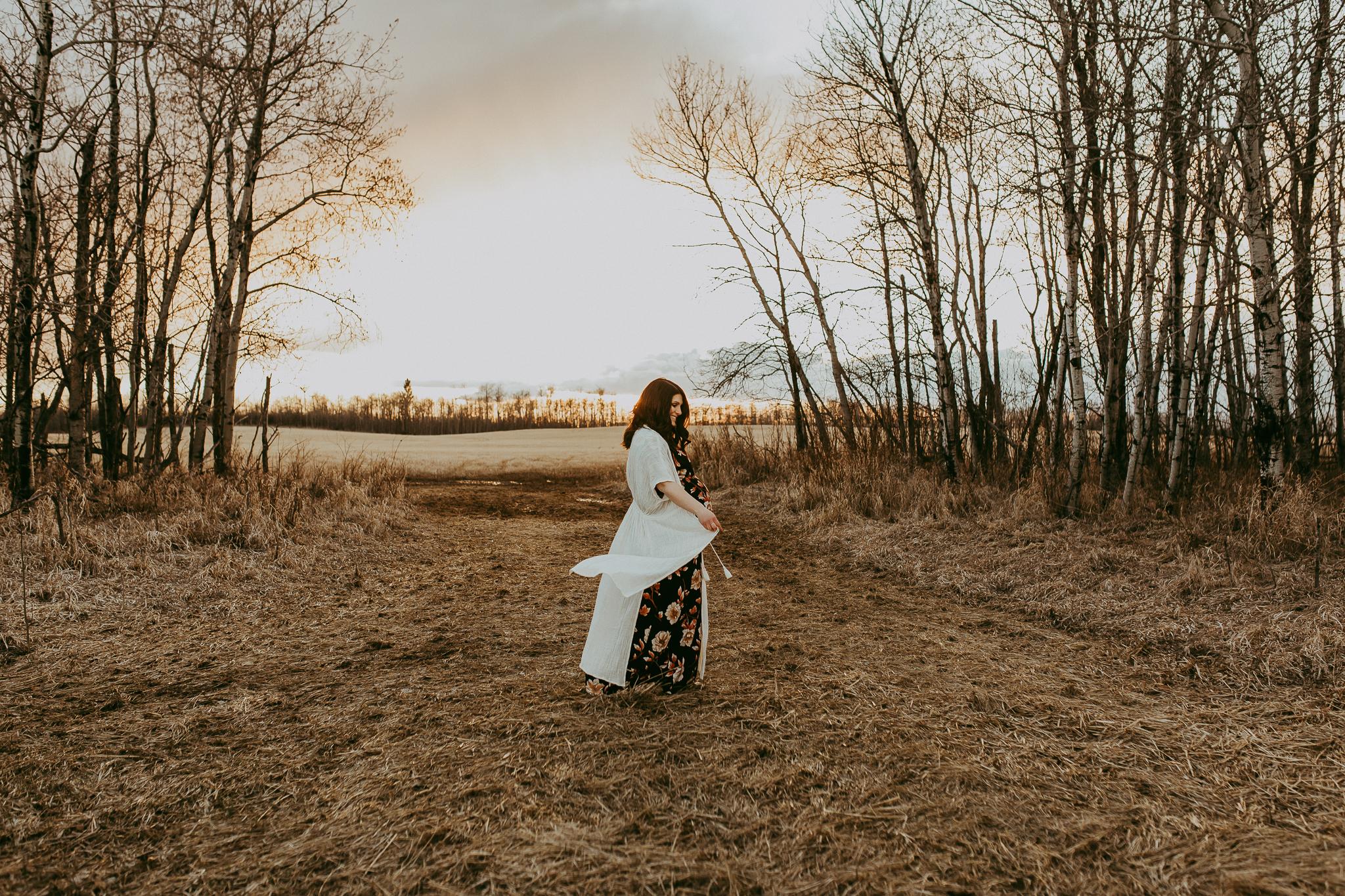 Alina-Joy-Photography-Cold-Lake-Maternity-Photographer-Josee-57.jpg