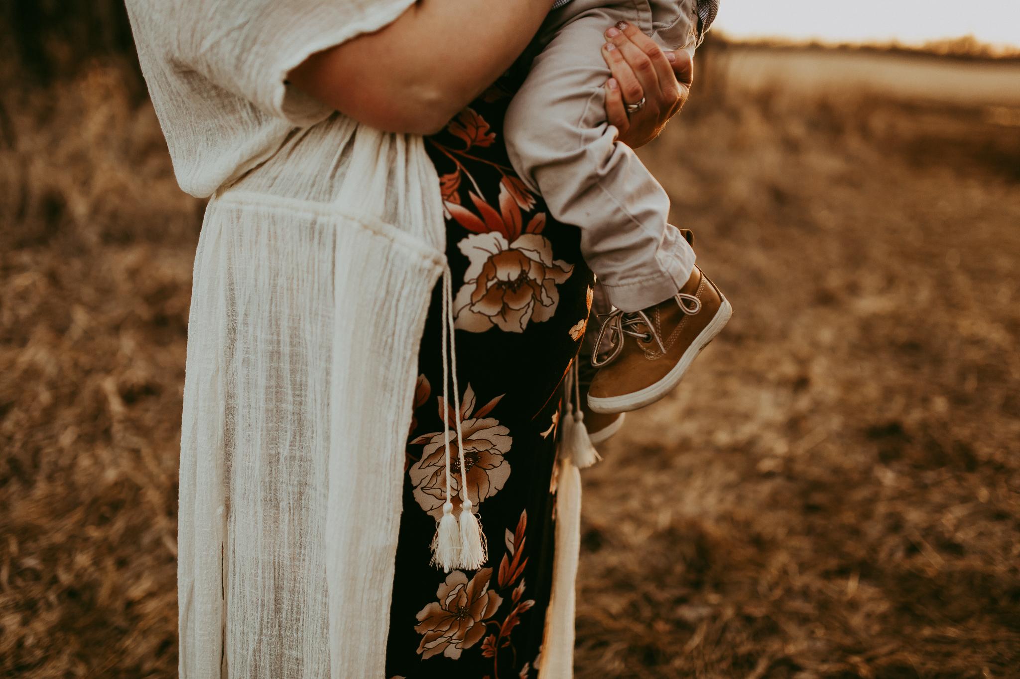 Alina-Joy-Photography-Cold-Lake-Maternity-Photographer-Josee-80.jpg
