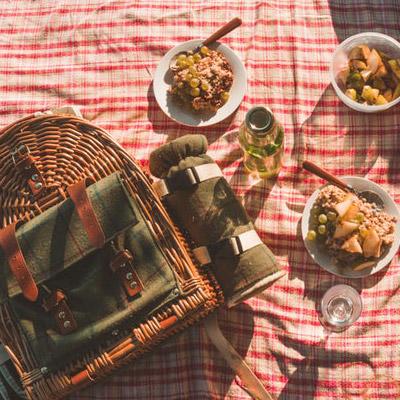 couple-picnic-square.jpg
