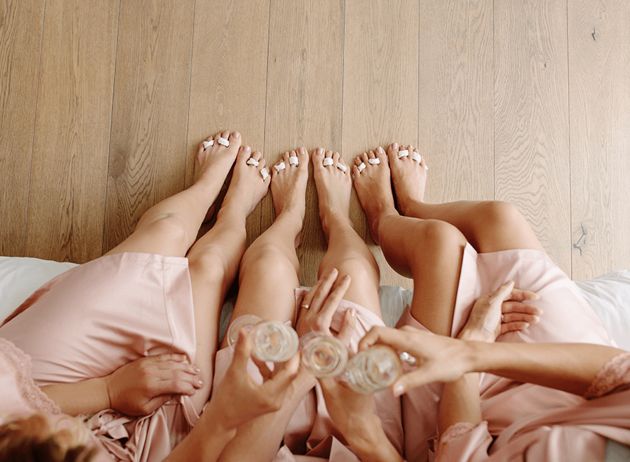 Hens Parties - Pedicure and sparkling.png