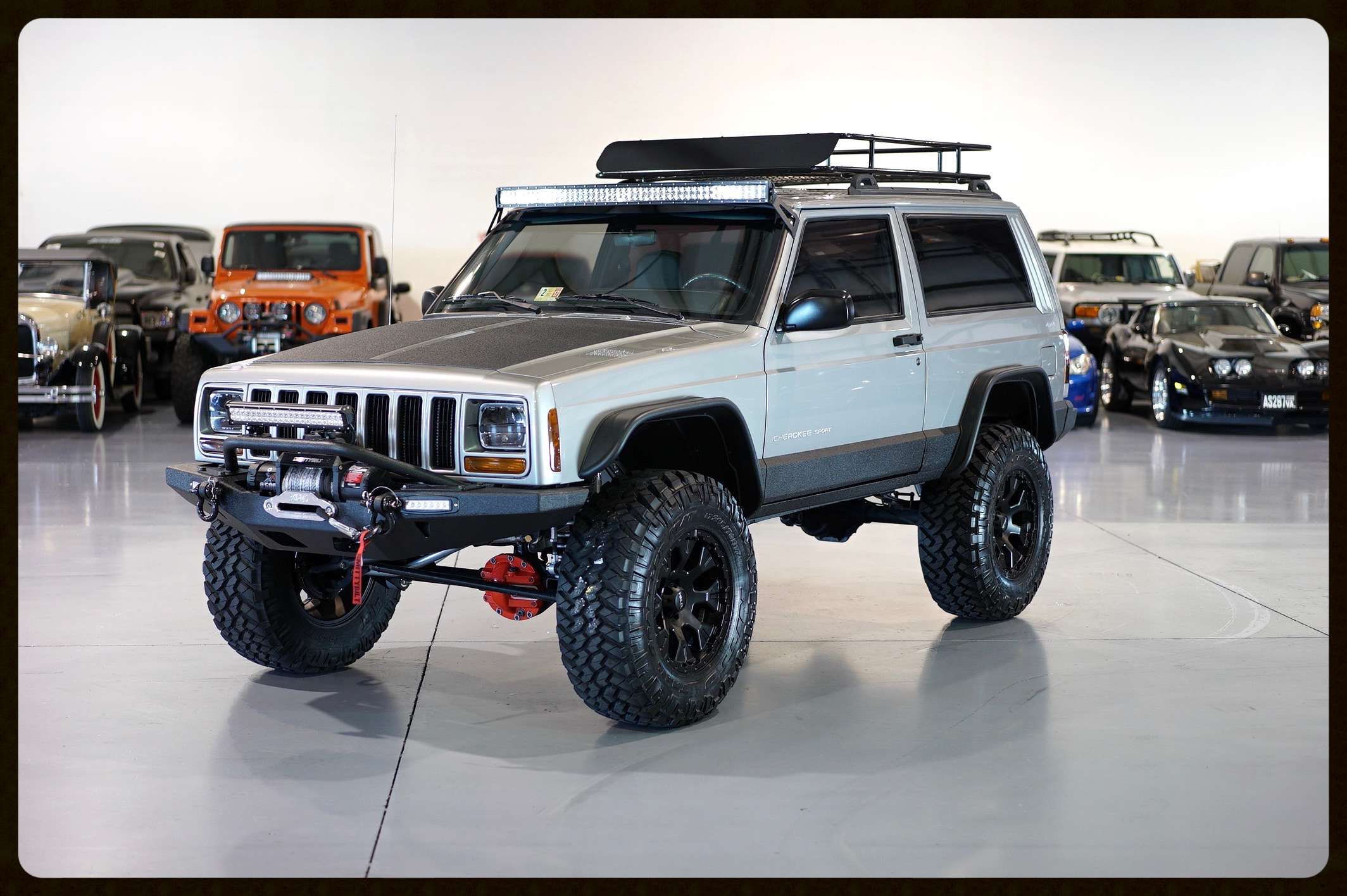 2001 XJ Stage 4+....This Awesome Jeep Came Out Great. Rubicon Express Lift,  Fox Shocks,  ARB, Custom Leather Seats and Full Audio / Navigation