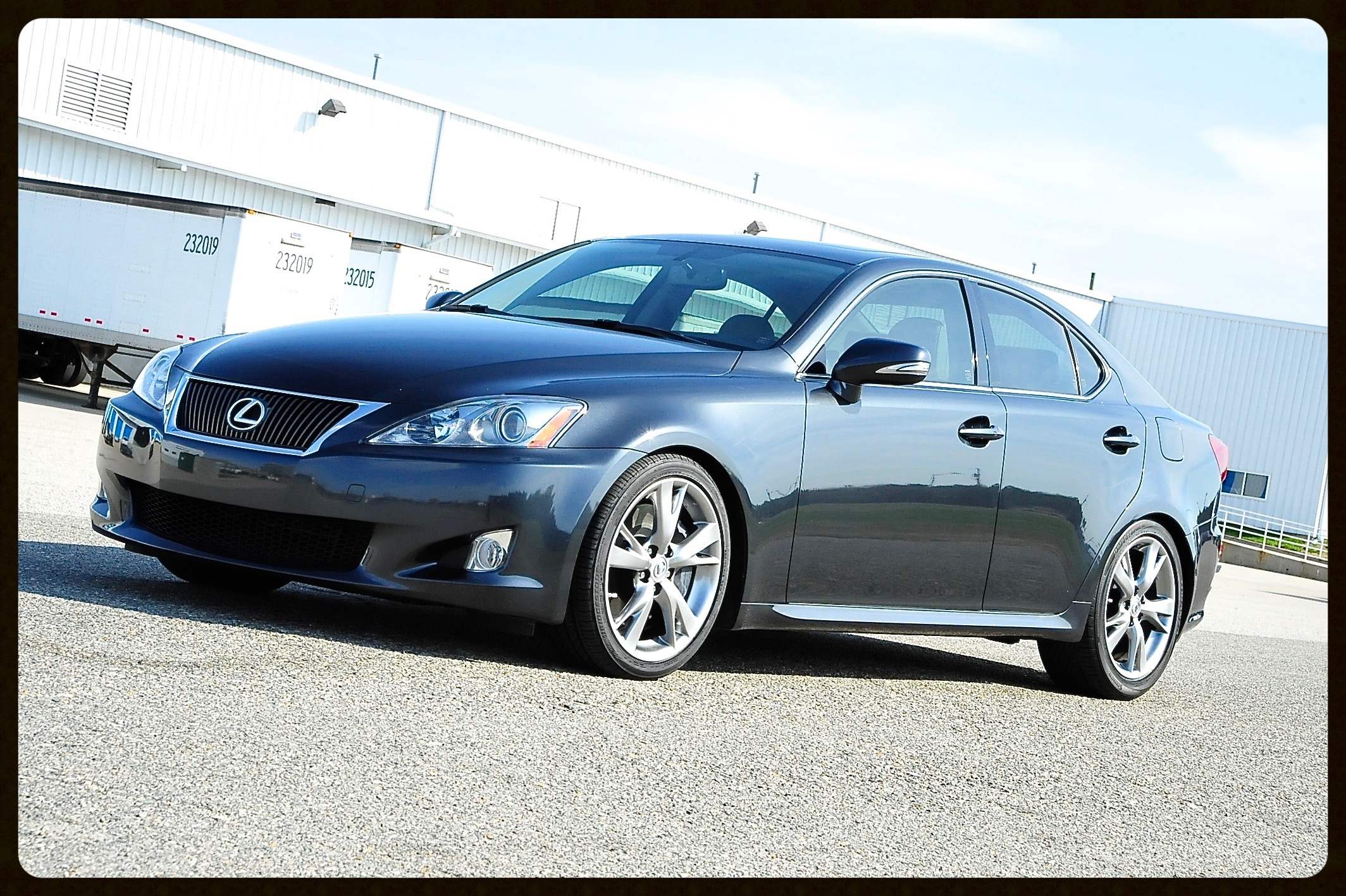 Lexus IS350 with factory SPORT package. 100% Loaded with Nav / Camera / AC & Heated Seatsand MUCH More...ONLY 21K Original Miles.