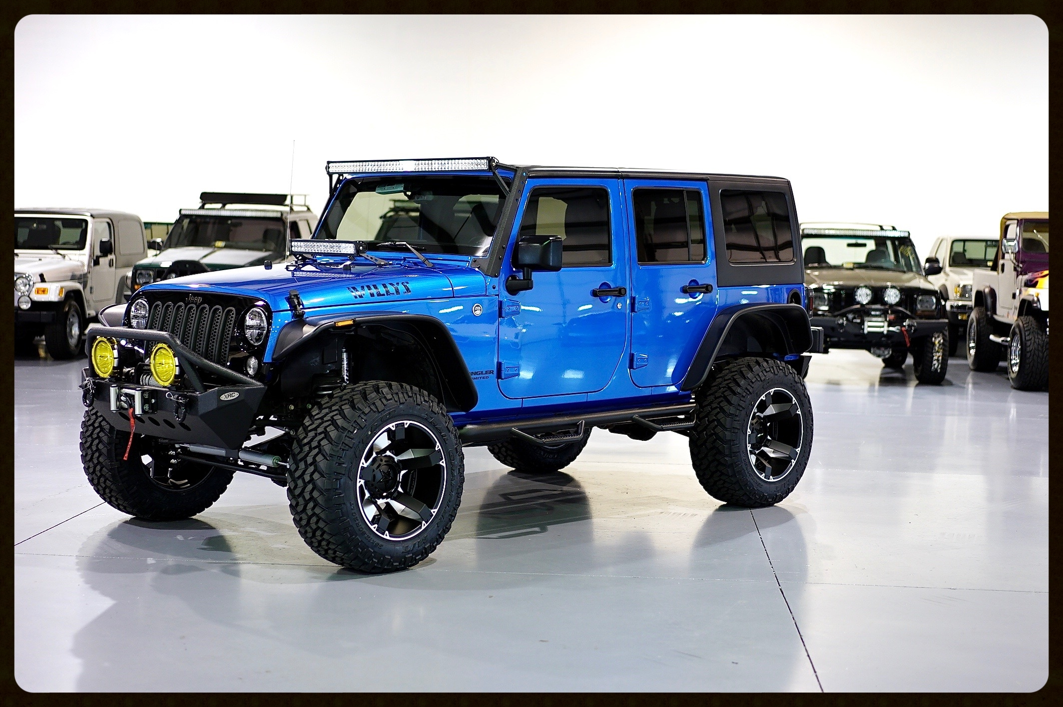 2015 Willy Edition...Rubicon Express...Fox...Nitto....LEDs...20x12 Rock Star Wheels....Custom Leather...and MUCH MUCH MORE. Click for 4K Video