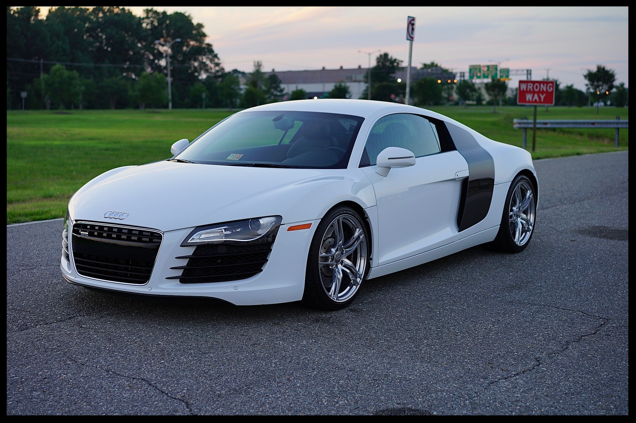 Amazing Audi R8 with Carbon Fiber Package...A True 1 Owner and Dealer Serviced Since Day 1 of Ownership...Highly Optioned