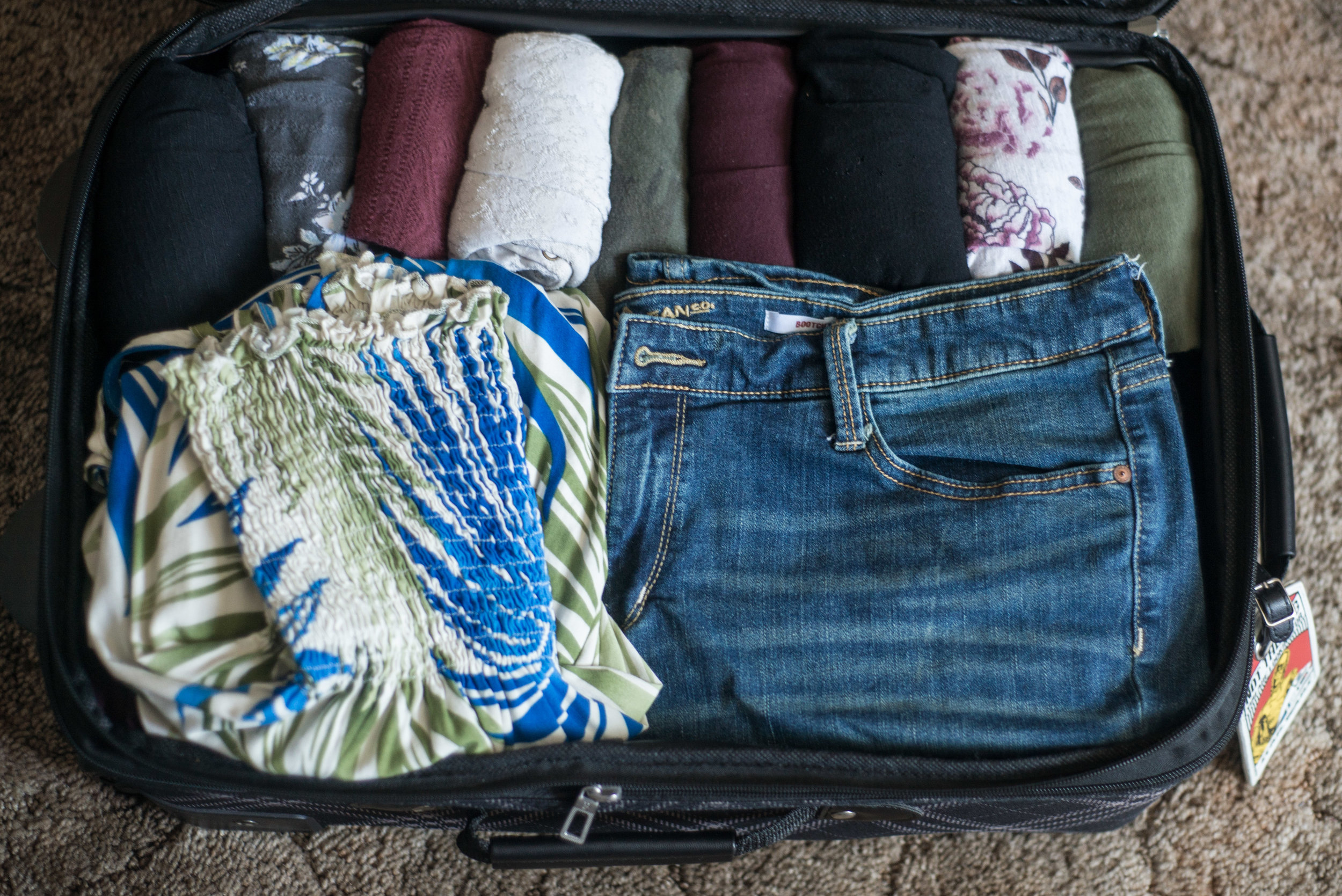 How to Pack for a 2 Week Vacation - In a Carry On! Overview