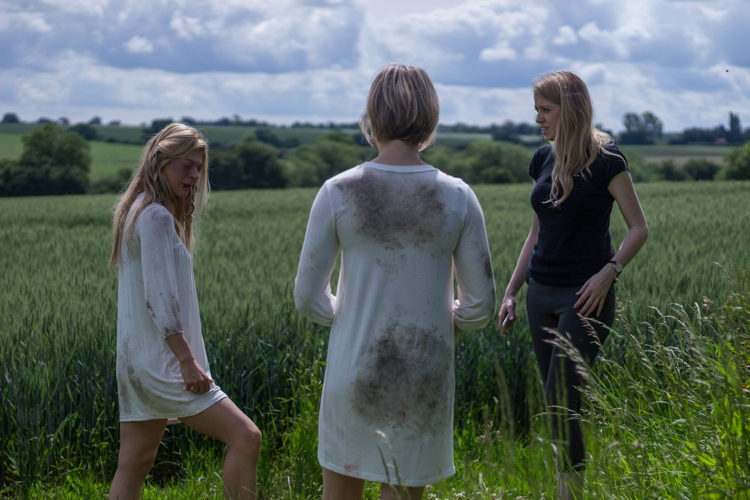 Lydia on set with co-star Eleanor Brown and director Caris Rianne, Foxhole is their second collaboration together.