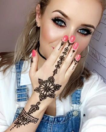 Henna on MUA Frankie Noone