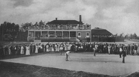 Early golf courses were quiltworks of geometric figures. The No. 1 course opened in 1897 with large rectangular sand greens.