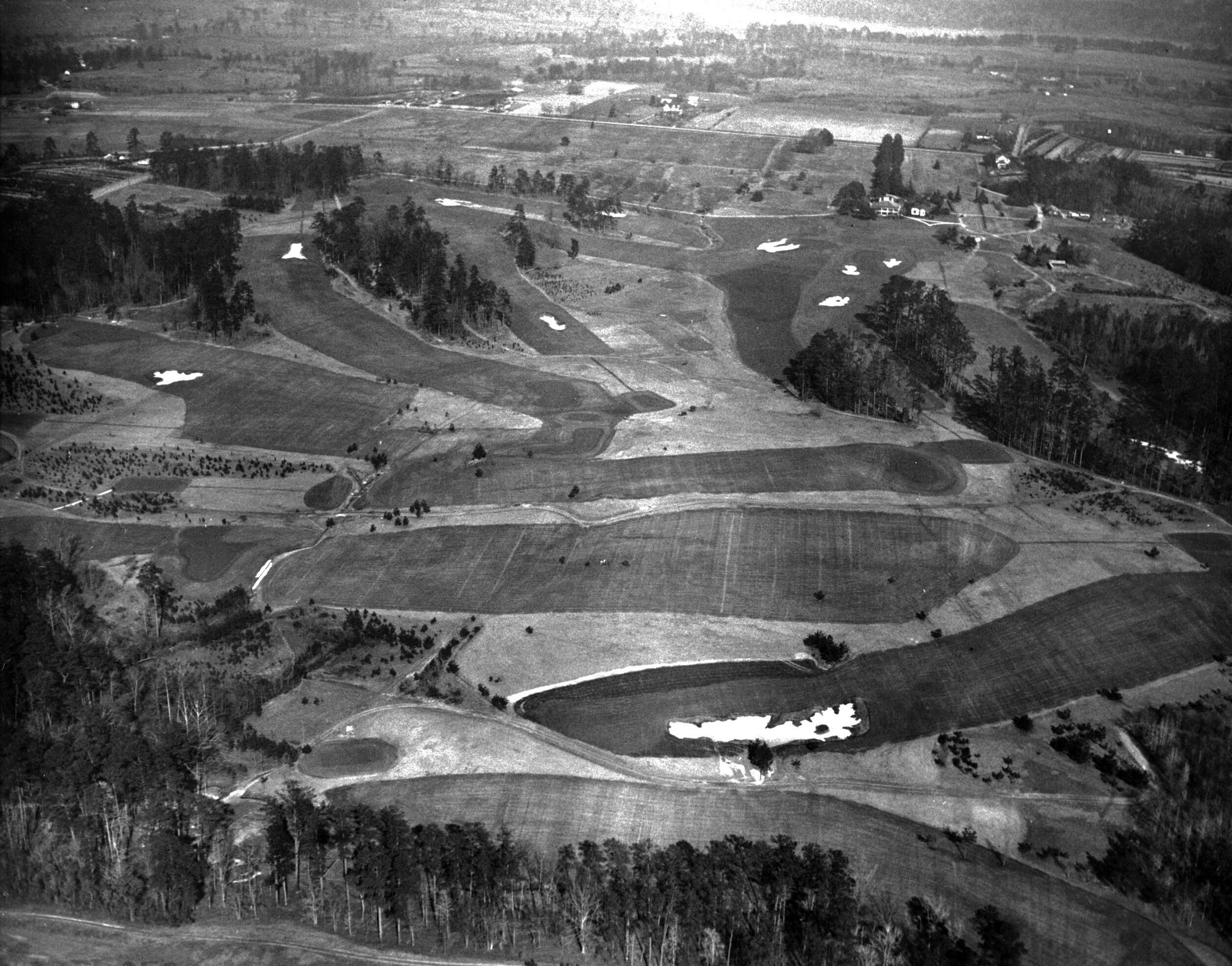 Alister MacKenzie's original design for Augusta National featured only 22 bunkers.
