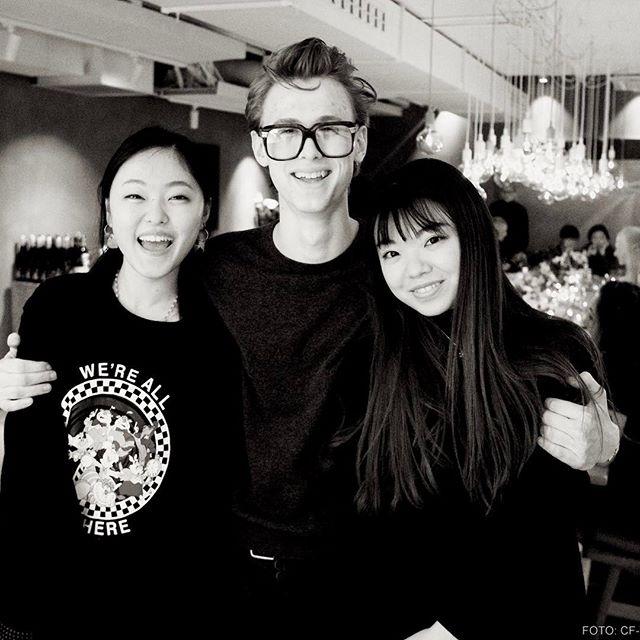 Henrik finner venner med #cfbriller #skam #henrik #nissen #oslo #skamlove #evak #henkeholm  #ettbord