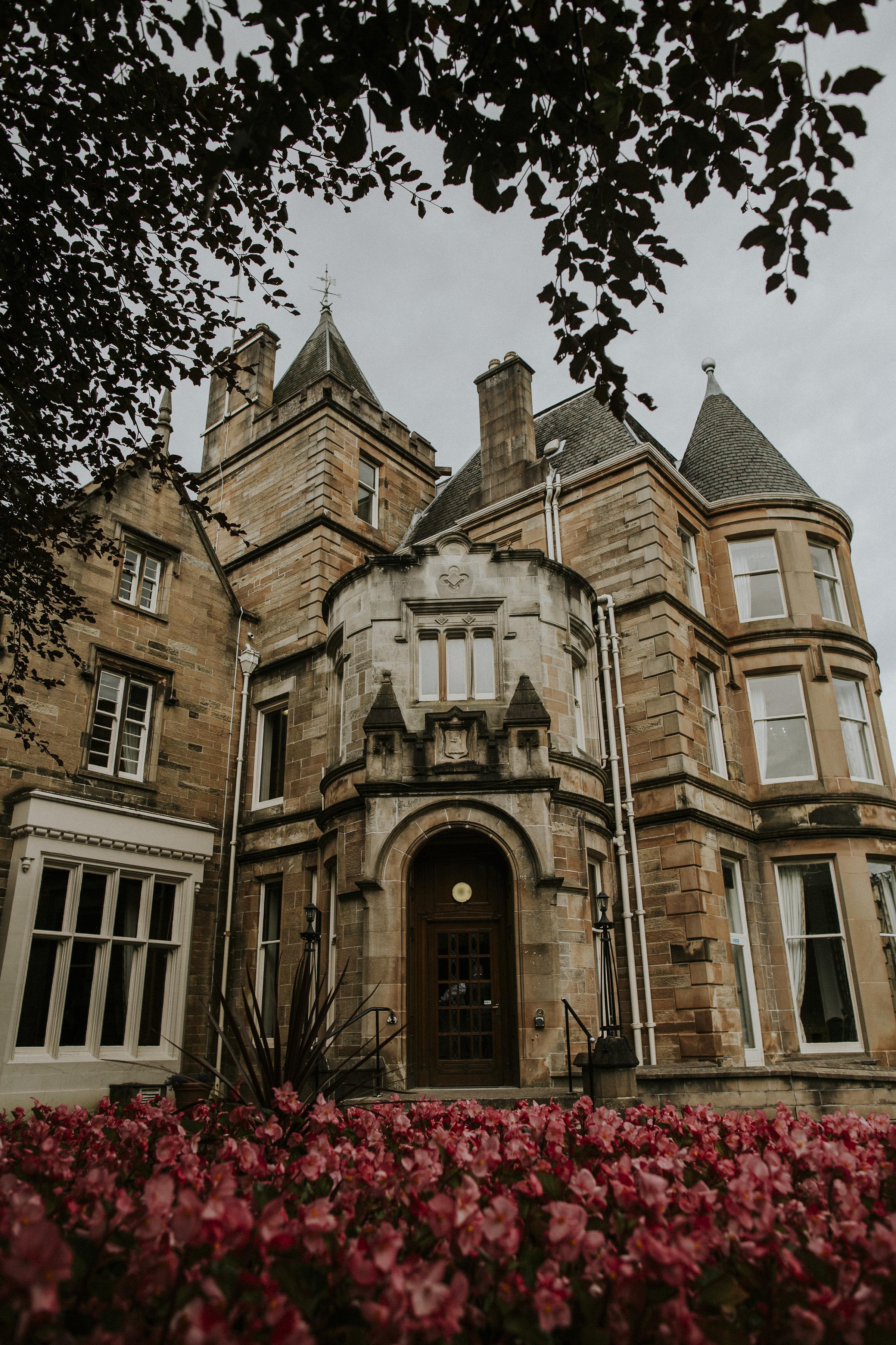 Eastwood House Glasgow wedding photographer