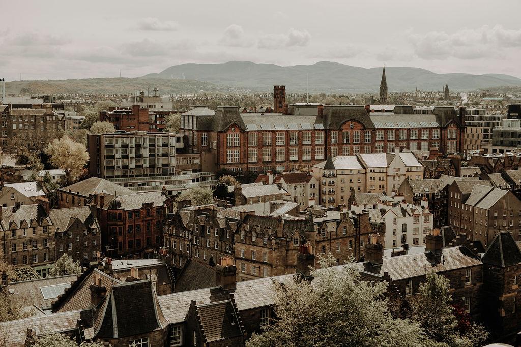 City of Edinburgh wedding photographer