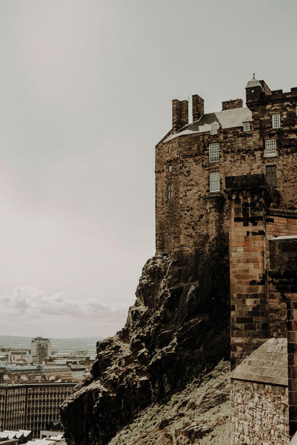 Edinburgh Castle wedding photographer