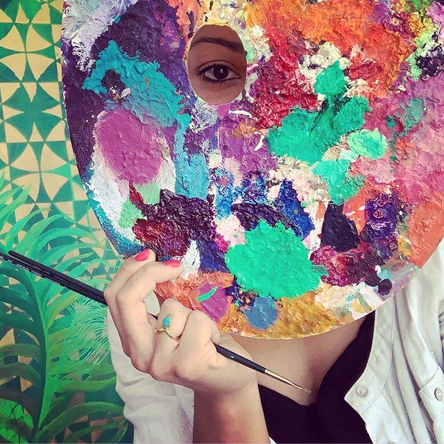 Sometime the palette itself is the work of art 🤷🏽♀️ . . .  #art #artist #colourlove #morecolorplease #colours #oilpaint #palette #artstudio