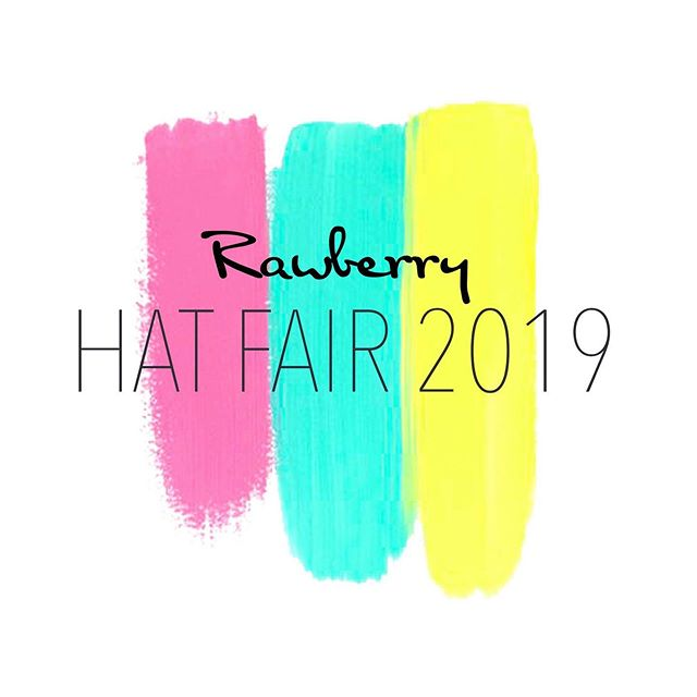 Who's ready for a Hat Fair Party? 🥳 Friday- Saturday, it's one big party at Rawberry. We've got new food, new drinks (including alcoholic ones) and lots of music. Stay tuned to see what's in store for this coming weekend at Rawberry 🎩🎉
