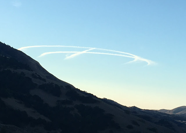 Suspicious airborne trails photographed by the author above Central Coast of California, October 26, 2018.