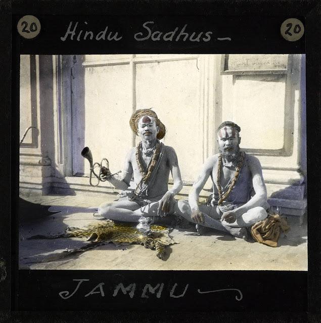 Hindu_Sadhus,_Jammu,_ca.1875-ca.1940_(imp-cswc-GB-237-CSWC47-LS10-020).jpg