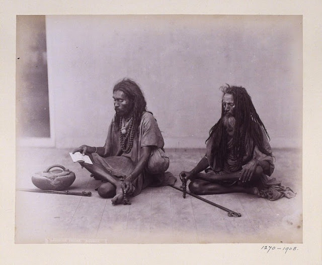 Two_sadhus_in_Bombay_in_1891.jpg