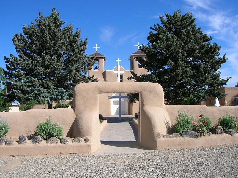 san_francisco_de_assis_church1.jpg