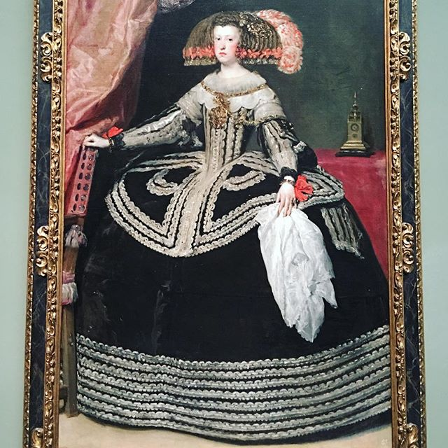 Velázquez knows best when it comes to #Spanish court #fashion ;) #diegovelazquez #painting #queen #Spain #Madrid #art #inspiration #instainspo #gown #look #style #backthen