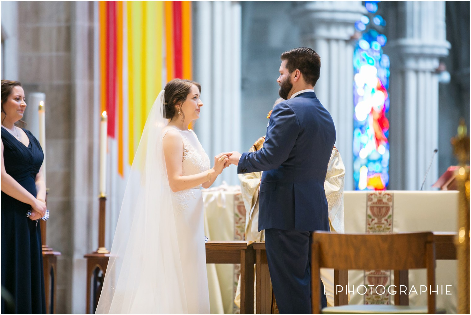 L-Photographie-Saint-Louis-wedding-photography-Cathedral-of-Saint-Peter-Forest-Park-Visitor-Center_0039.jpg