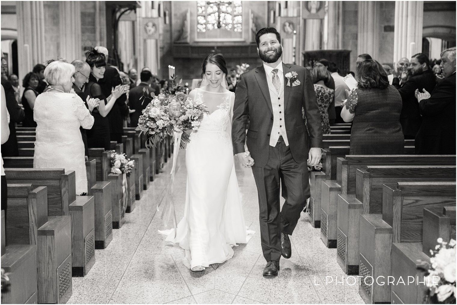 L-Photographie-Saint-Louis-wedding-photography-Cathedral-of-Saint-Peter-Forest-Park-Visitor-Center_0042.jpg