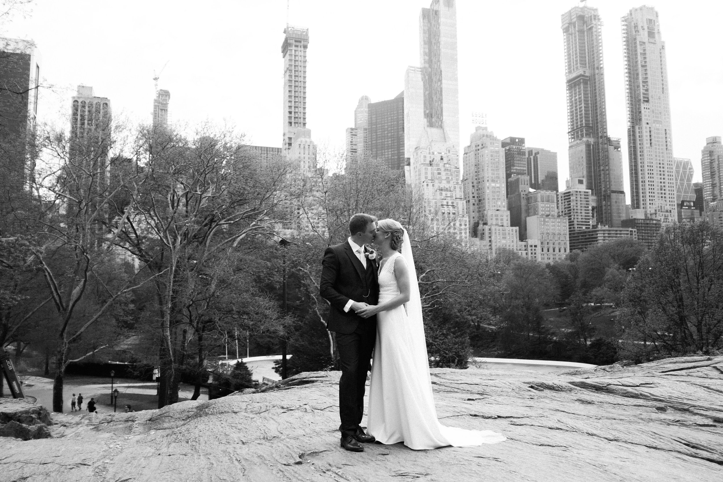 Bride and groom wedding in Central Park