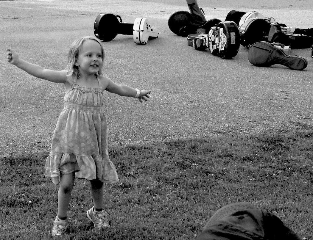 RAINA DANCE.jpg