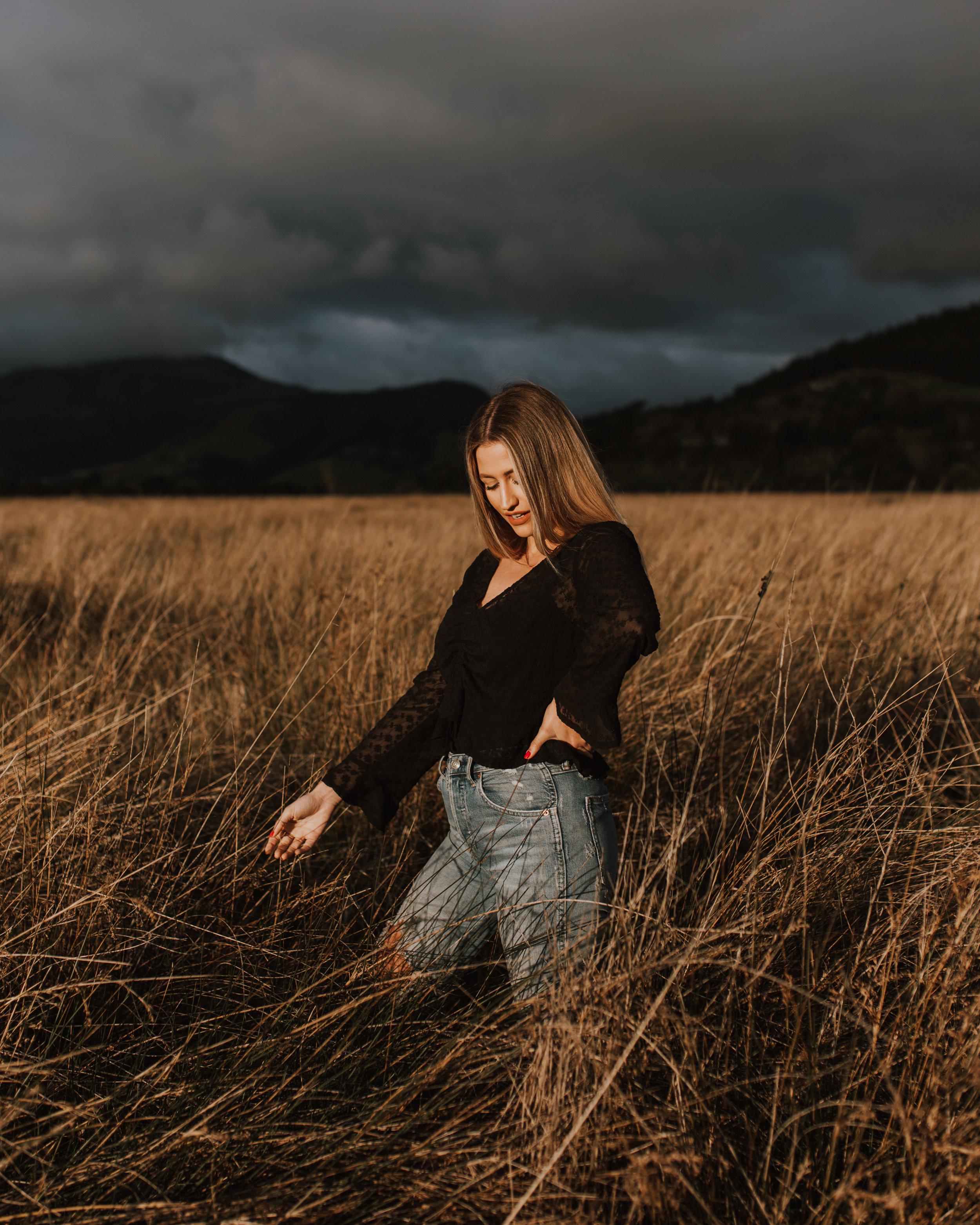 Nelson-Fashion-Photographer-Golden-Light-Christine-Donaldson-12.jpg