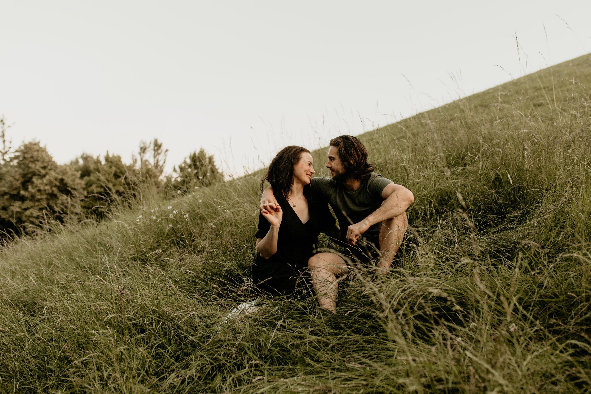 England-London-Photographer-Adventure-Couple-Golden-Hour-Sunset-20.jpg