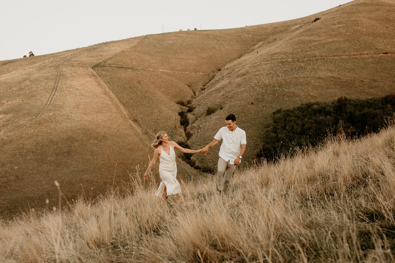 NessChrisWatson-NewZealandPhotographer-GoldenHour-Couple-Adventure-6197.jpg