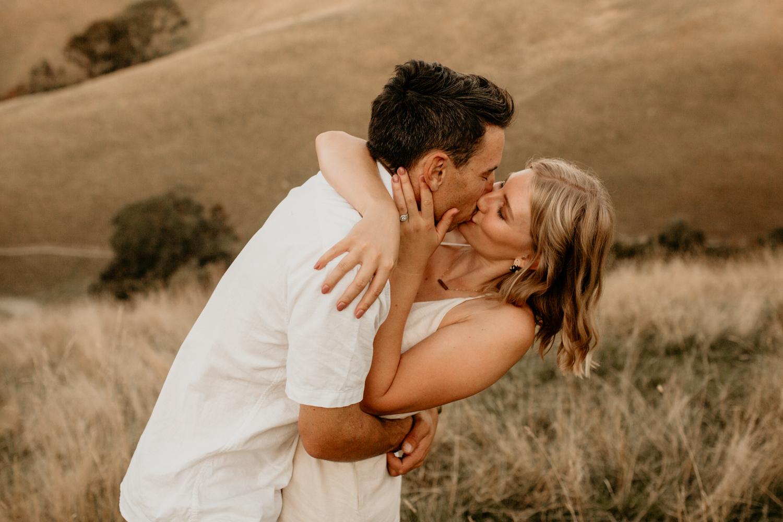 NessChrisWatson-NewZealandPhotographer-GoldenHour-Couple-Adventure-6304.jpg