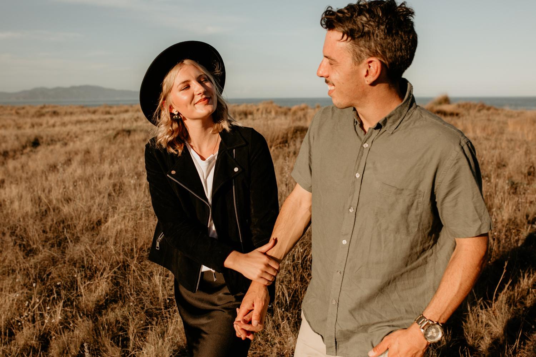 NessChrisWatson-NewZealandPhotographer-GoldenHour-Couple-Adventure-5758.jpg