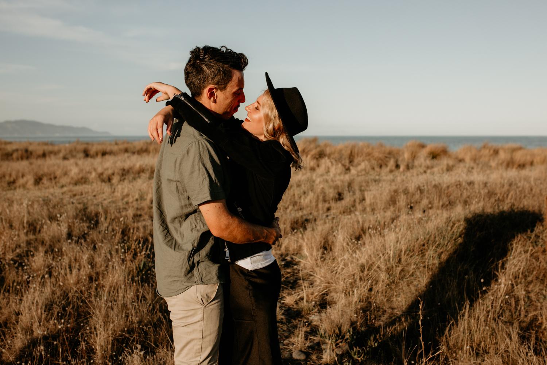 NessChrisWatson-NewZealandPhotographer-GoldenHour-Couple-Adventure-5799.jpg