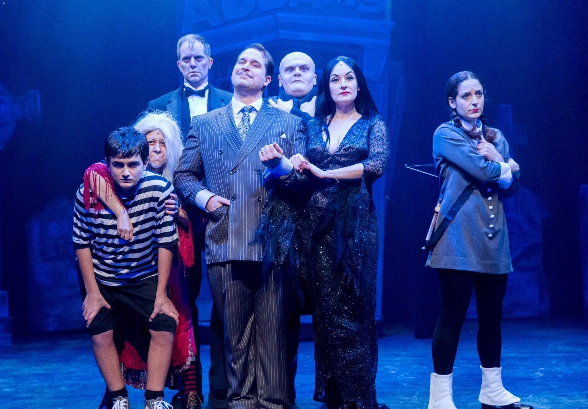 ct-addams-family-review-20150209.jpg