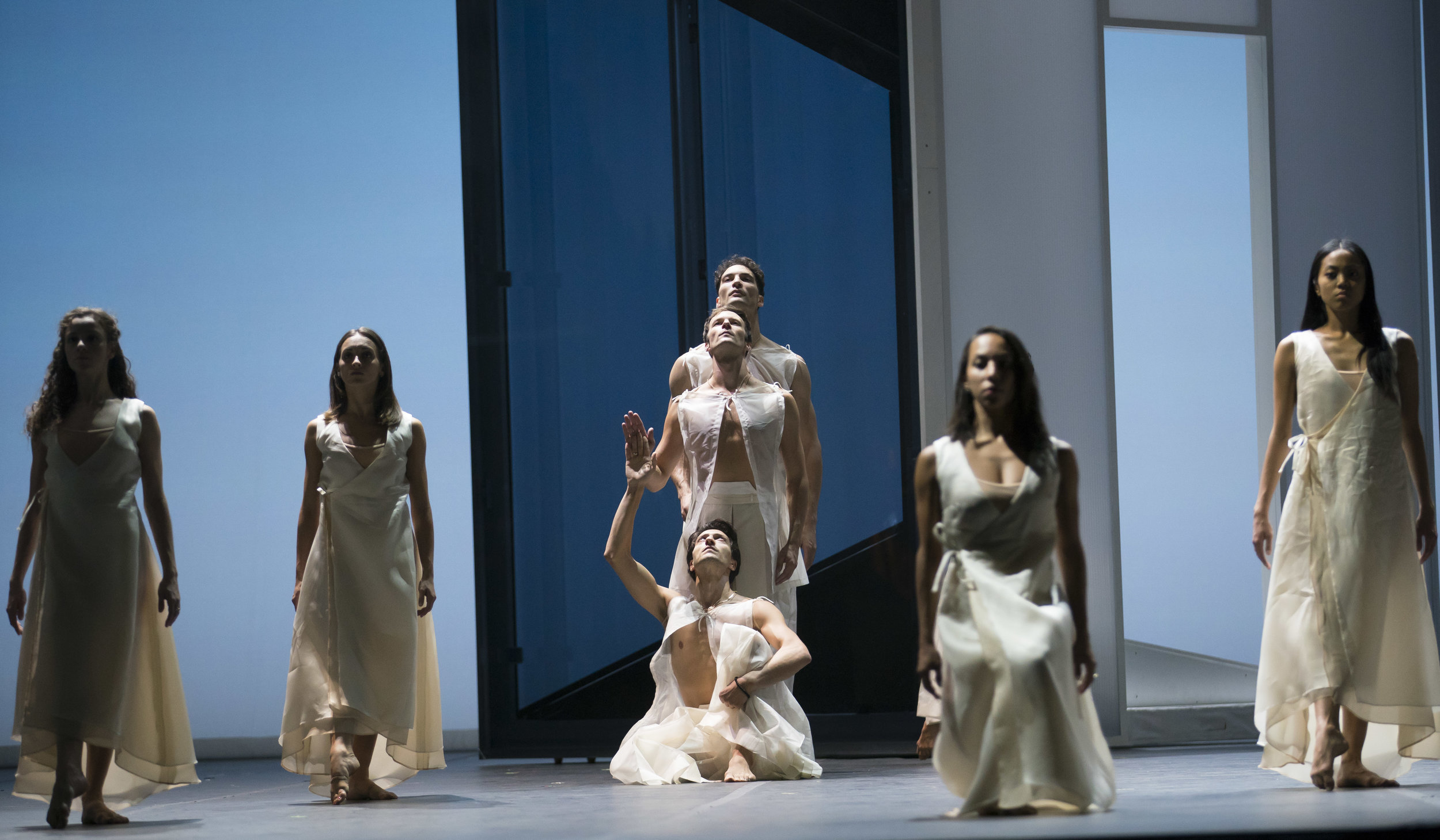 The Joffrey Ballet in Orphee et Eurydice. Courtesy of Lyric Opera Chicago. Photo by Todd Rosenberg.JPG
