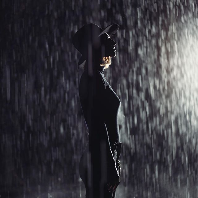 Living the fantasy of a black-out storm that never touches you, in the Rain Room at LACMA 📷 @tylergourley  #processandcontent #hats #hatter #madeinLA #exploremore #art #livinginLA #losangeles #lacma #rainroom